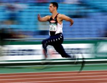 20 Oct 2000: Tony Volpentest of the USA in action during the Semi Final of the Mens 100m T44 event during the Sydney 2000 Paralympic Games at Olympic Stadium, Homebush Bay, Sydney. Australia. X DIGITAL IMAGE. Mandatory Credit: Jamie Squire/ALLSPORT